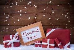Красное украшение рождества, подарки, снег, спасибо, снежинки Стоковые Изображения RF