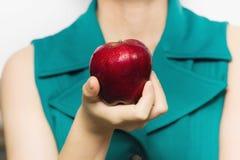 Красное яблоко (сияющая поверхность) Стоковое фото RF