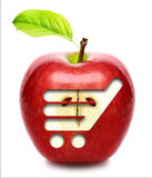 Красное яблоко с магазинной тележкаой. Стоковое Изображение RF
