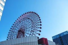 Красное Hep колесо 5 ferris стоковые фото
