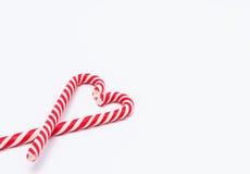 Красно-белые тросточки конфеты в форме сердца Стоковая Фотография
