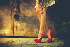 Красные ботинки высокой пятки Стоковое фото RF