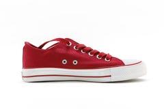 Красные ботинки спорта на предпосылке белизны (отсутствие имени, отсутствие бренда, сделанного в c Стоковая Фотография RF
