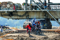 Красные ватт Bull 111 мега: Motocross и трудная гонка enduro Стоковые Изображения