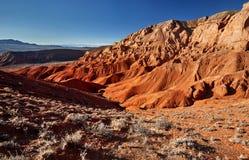 Красные горы пустыни стоковое фото