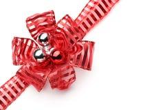 Красные лента и смычок Стоковая Фотография