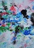 Красные зеленые красные черные серые синие розовые цвета и оттенки Абстрактная влажная предпосылка краски Пятна картины стоковое фото