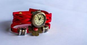 Красные наручные часы Стоковая Фотография