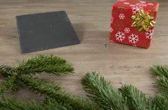 Красные пакет и шифер стоковая фотография rf