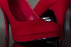 Красные пятка и кольца Стоковое Изображение