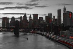 Красные светы Нью-Йорка в черно-белом Стоковая Фотография