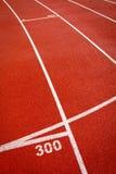 красные спорты взлётно-посадочная дорожки Стоковые Изображения RF