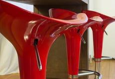 красные табуретки Стоковые Фотографии RF