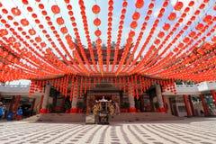 Красные украшения фонариков на виске Thean Hou в Куалае-Лумпур, Малайзии Стоковое Изображение RF