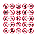 Красные установленные значки запрета Знаки запрета Запрещенные значки знака иллюстрация вектора