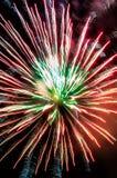 Красные фейерверки на фестивале города стоковое изображение rf