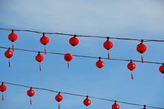 Красные фонарики на китайском виске Стоковая Фотография
