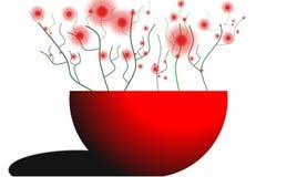 Красные цветки в вазе стоковые изображения rf