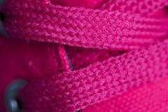 Красные шнурки на крупном плане тапок Макрос Стоковое Изображение RF