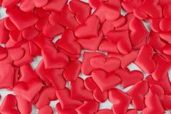 Красные silk сердца Стоковое Изображение