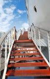 красные stairways стоковые фото