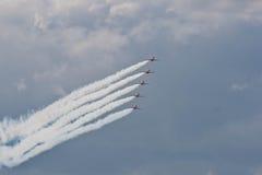 Красный авиапорт RAF авиасалона Fairford команды дисплея аэроплана стрелок стоковые изображения