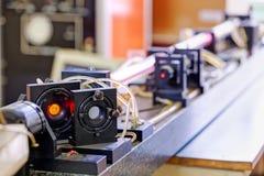 Красный лазер в лаборатории стоковое изображение rf