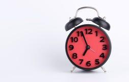 Красный будильник установленный к утру Стоковые Изображения RF