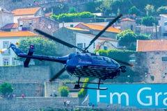 Красный вертолет ТВ Bull Стоковые Изображения