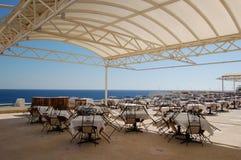 красный взгляд моря ресторана Стоковые Изображения