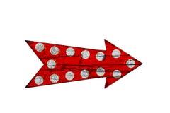 Красный винтажный знак стрелки яркого и красочного направления деревянный Стоковое Фото