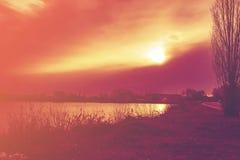 Красный восход солнца в утре Стоковая Фотография