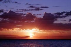красный восход солнца стоковая фотография