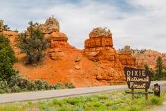 Красный вход каньона Стоковая Фотография