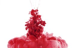 красный выплеск краски в воде, стоковая фотография rf