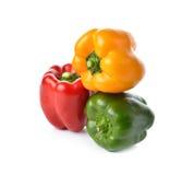 Красный, желтый, зеленый болгарский перец на белизне Стоковое Изображение RF