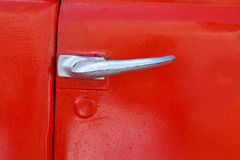 Красный замок ручки двери стоковое изображение rf