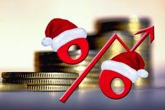 Красный знак процентов на предпосылке денег стоковые изображения
