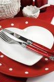 Красный и белый крупный план сервировки стола темы Стоковая Фотография RF