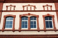 Красный и белый фасад Стоковые Изображения RF