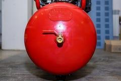 Красный компрессор продукции стоковое изображение