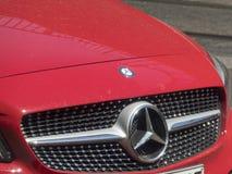 Красный Мерседес - автомобиль Benz стоковая фотография rf