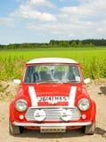 Красный миниый автомобиль; Национальное ралли в Инвернесс. Стоковое Фото