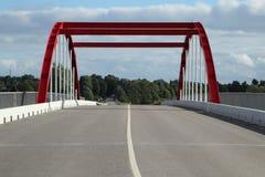 Красный мост над рекой Стоковое фото RF