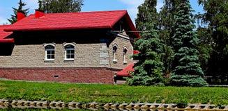 Красный дом Стоковые Фотографии RF