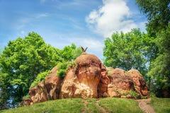 Красный парк утеса публично в Kislovodsk, России, 11 Juny 2017 Стоковые Изображения