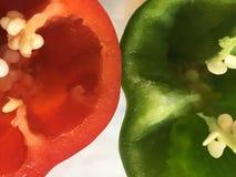 Красный пеец, зеленый перец стоковое фото