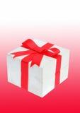 Красный подарок смычка Стоковые Изображения