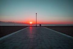 Красный рассвет - духовный будить Стоковые Изображения