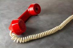 Красный ретро телефон Стоковое Изображение